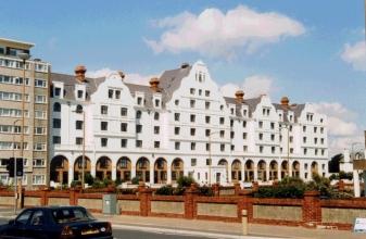refurbishment of block of flats